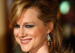 Laura Linney Stars in 'The Big C' and a Gainsbourg Biopic Takes Off