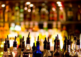 12 Tips on Proper Bar Etiquette